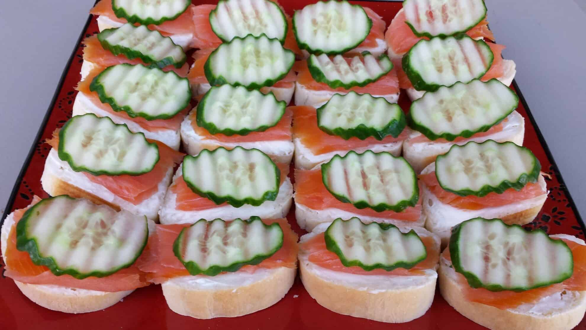 Smoked salmon canap s valya 39 s taste of home for Canape garnishes