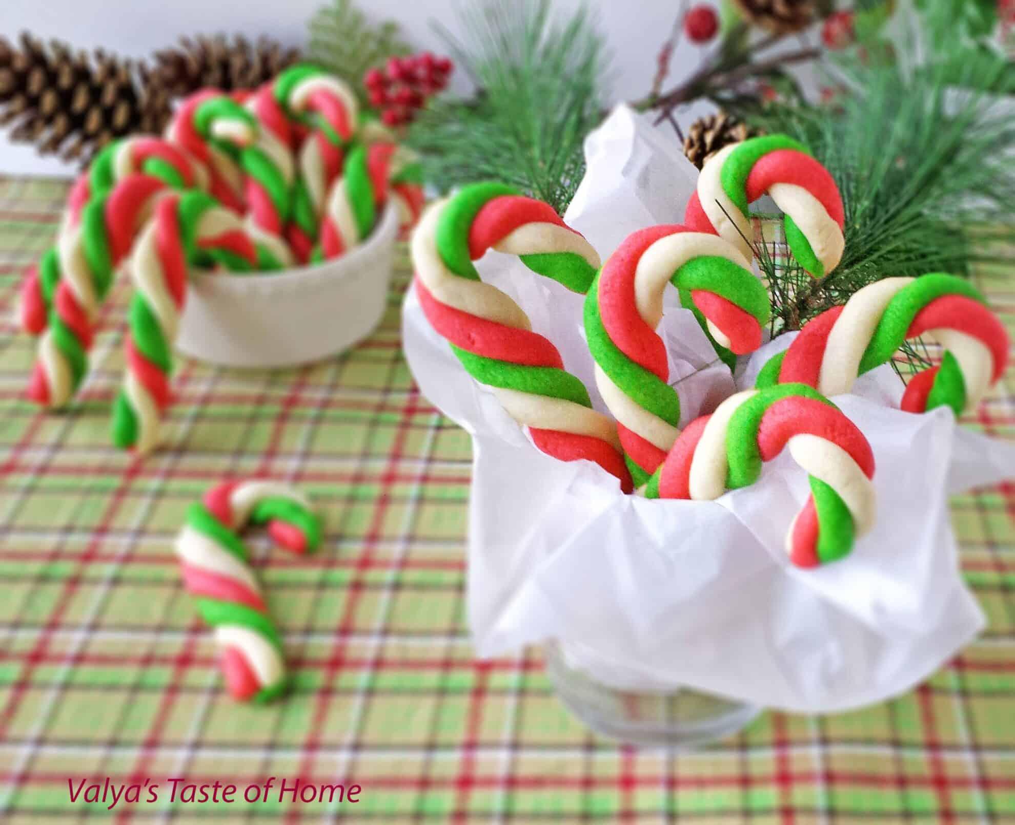 Mint Thins Ritz Cracker Cookies Recipe | Just A Pinch Recipes