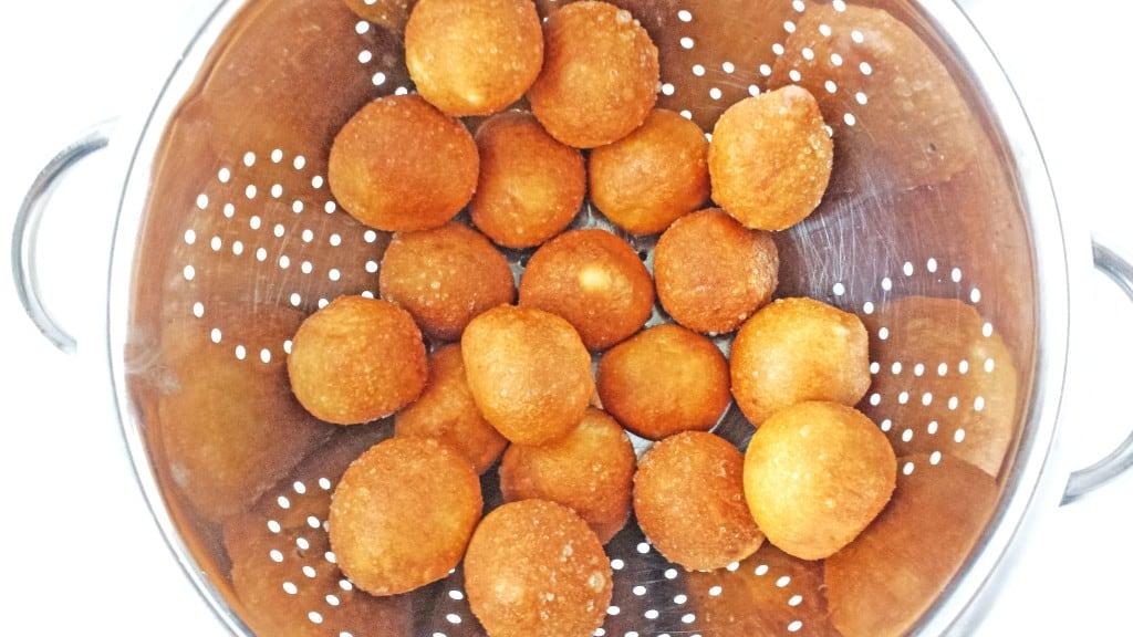 Ponchiki with Cherries - Пончики