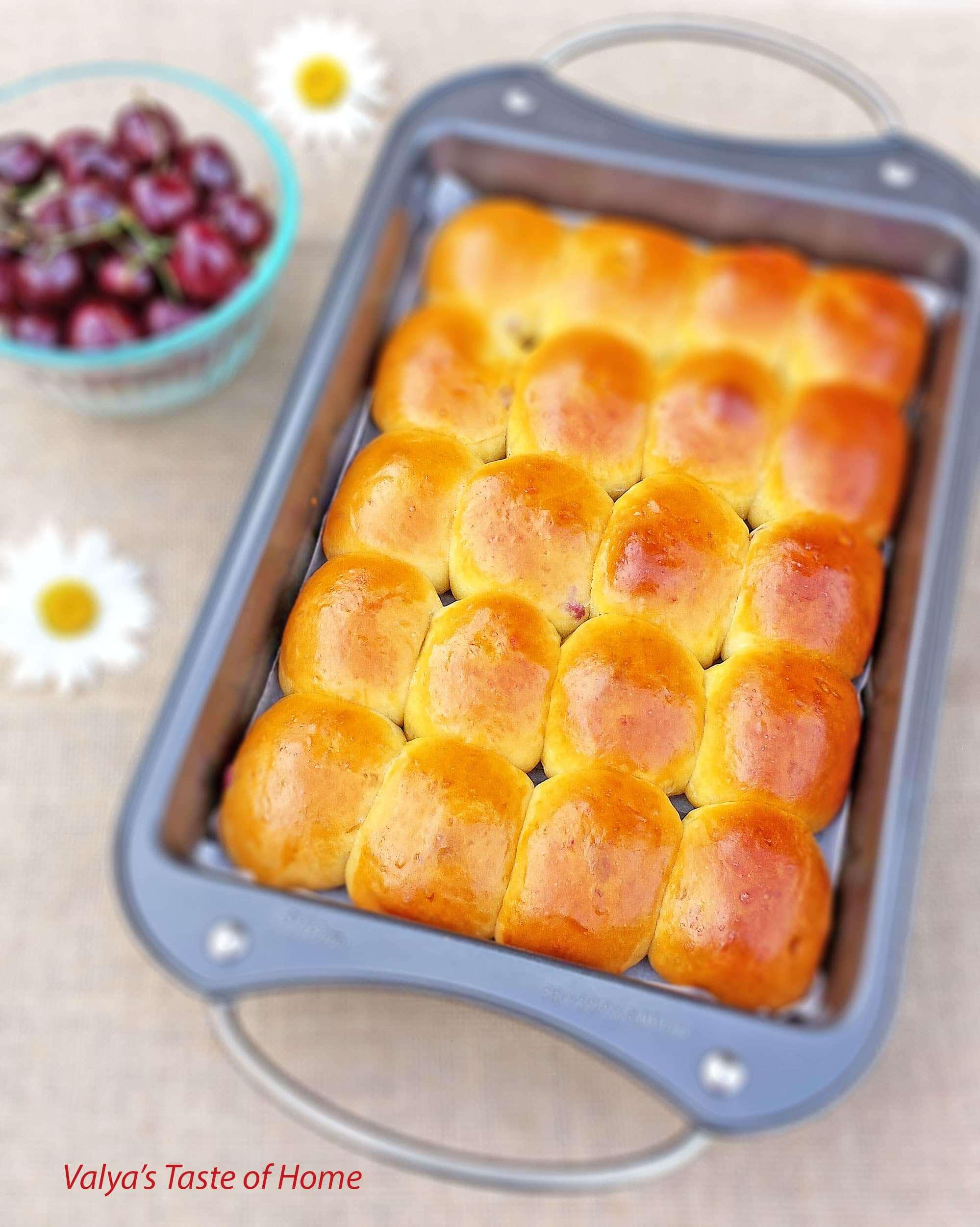 Sweet Buns with Fresh Cherry Filling (Piroshki)