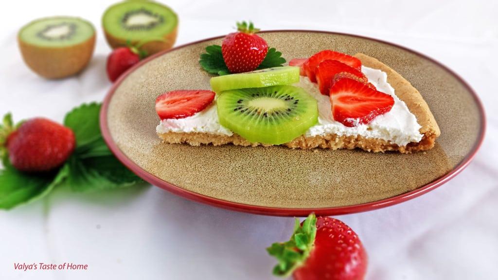 Strawberry Kiwi Dessert Pizza - Valya's Taste of Home