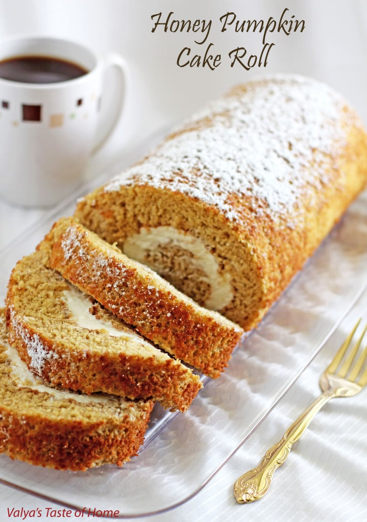 Honey Pumpkin Cake Roll