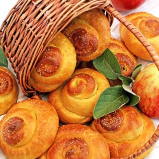 Sweet Swirl Apple Buns, apple sweet buns, apples, fall baking, fresh yeast buns, home eggs, homemade mayonnaise, Jonagold apples, organic flour, organic sugar, organic whole milk, raw organic cane sugar, sea salt, so good, Sweet Swirl Apple Buns