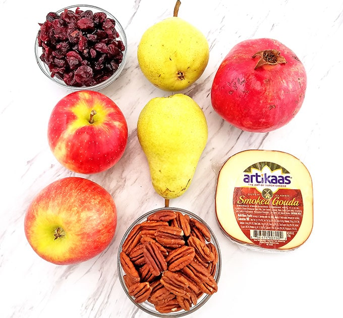 ingredients for the Pear Apple Pomegranate Pecan Spinach Salad  #spinachsaladrecipe #holidaysalad #thanksgivingsalad #christmassalad #valyastasteofhome