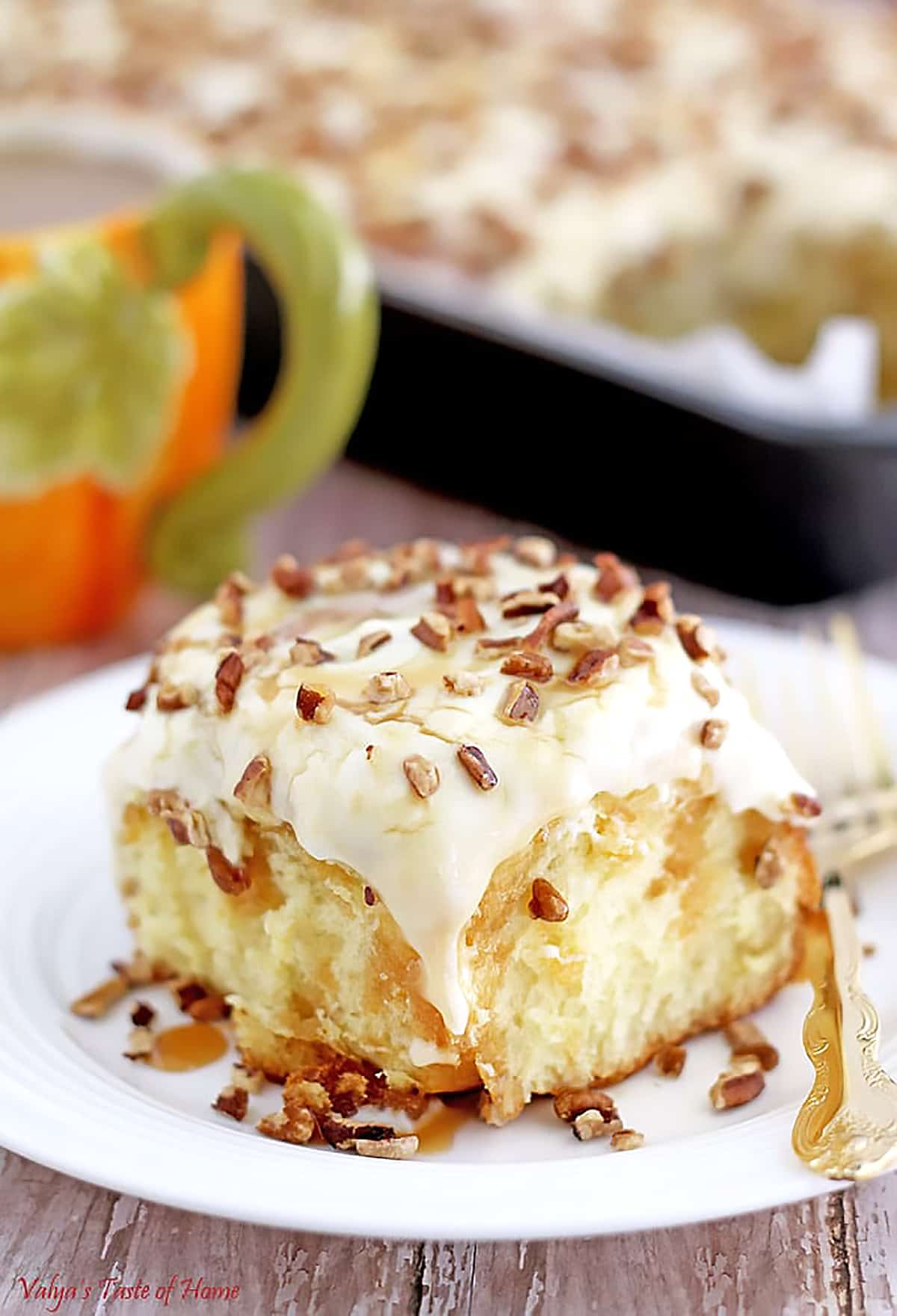 These are my favorite pumping goodies in one Top 10 Pumpkin Fall Recipes post that is perfect for upcoming holidays or any time you want your kitchen to smell like fall aroma of cinnamon, nutmeg, and pumping.